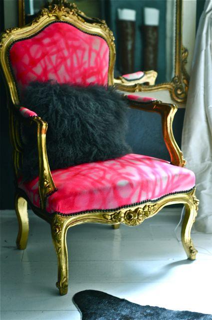 Grafitti chair